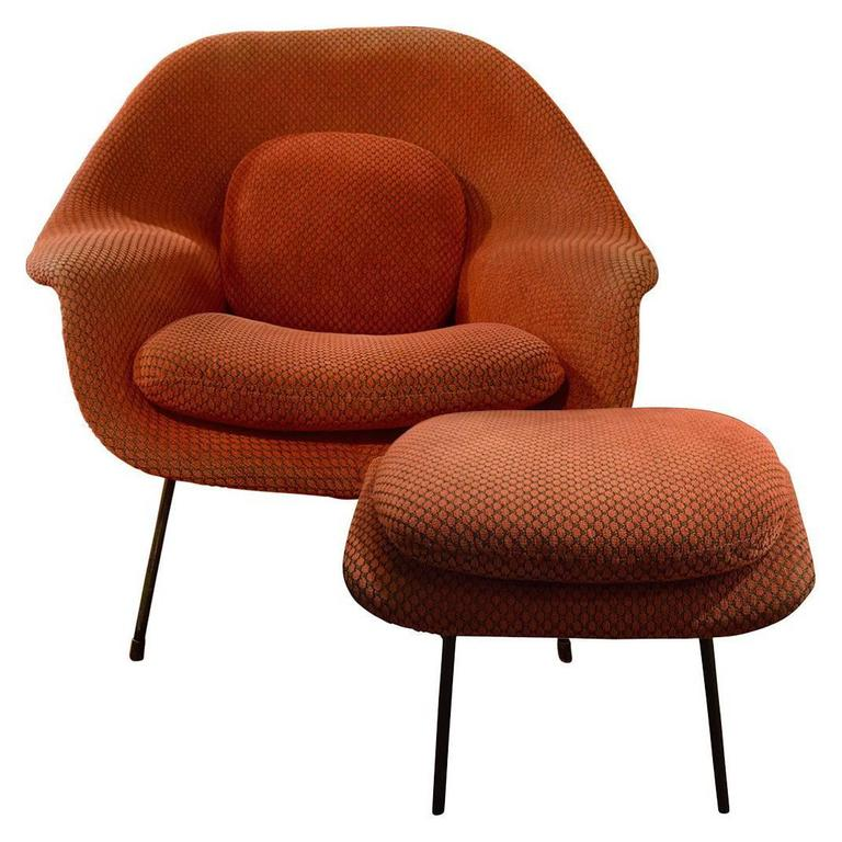 Eero Saarinen Vintage Womb Chair And Ottoman For Sale