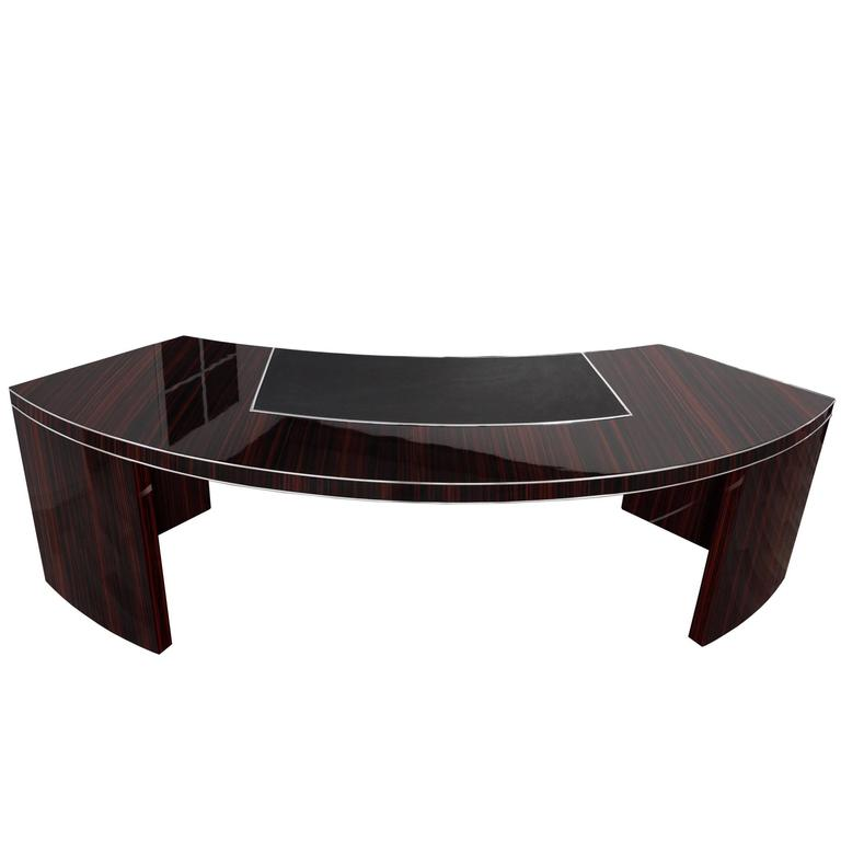 extra large bauhaus desk with a macassar veneer for sale at 1stdibs. Black Bedroom Furniture Sets. Home Design Ideas