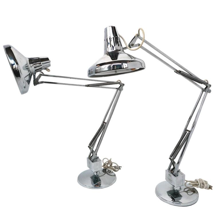 Pair Of 1970s Luxo Articulated Chrome Desk Lamps At 1stdibs