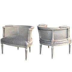 Stylish Pair of Hollywood Regency 1960s Painted Barrel-Back Chairs