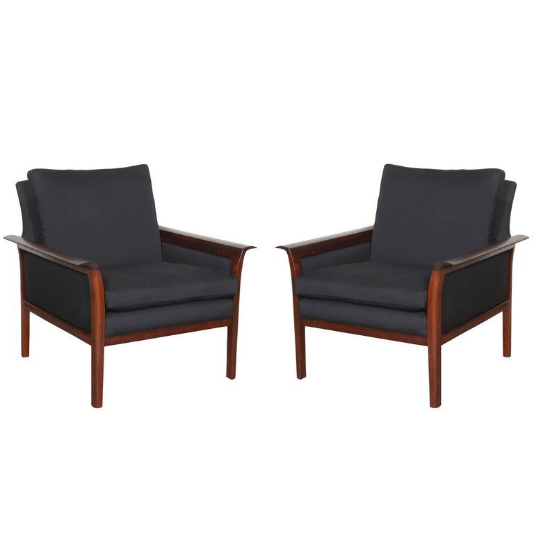 Scandinavian Rosewood & Black Chairs, Pair 1