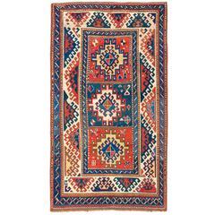 Schillernder antiker kaukasischer Bordjalou Kazak Teppich