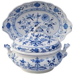 Rare Big Meissen Porcelain Blue Onion Tureen with under Plate, Germany, 1920s