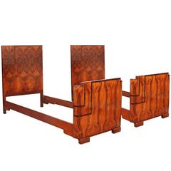 Pair of Italy Art Deco Twin Beds in Walnut and Burl Walnut by Gaetano Borsani