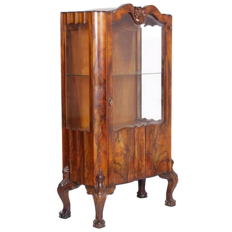 Early 20th Century Chippendale Walnut and Burl Walnut Vitrine Display Cabinet