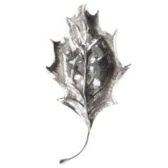 'Holly' Silver Leaf with a Sinuous Design