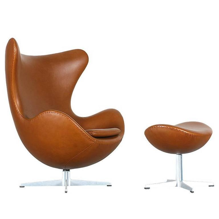 arne jacobsen leather egg chair with ottoman for fritz hansen at 1stdibs. Black Bedroom Furniture Sets. Home Design Ideas