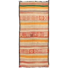 Vintage Berber Moroccan Kilim Rug with Modern Cabin Style, Flat-weave Kilim Rug