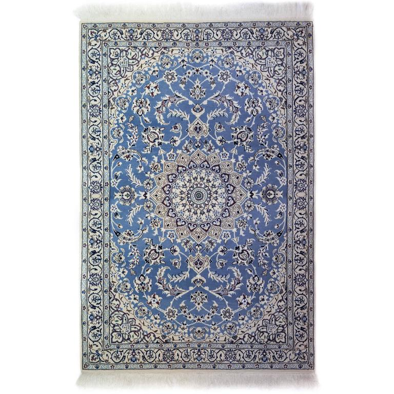 Ivory Wool And Silk Persian Naein Area Rug For Sale At 1stdibs: Blue Nain Area Rug, Solo Rugs For Sale At 1stdibs