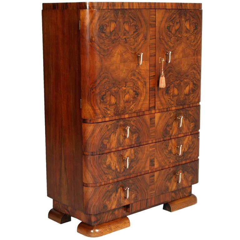 1930s Art Deco Cabinet Dresser in Burl Walnut by Crafts Cantu