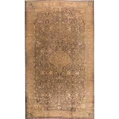 Highly Collectible Antique Sultanabad Rug