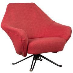 Osvaldo Borsani P32 Easy Chair for Tecno