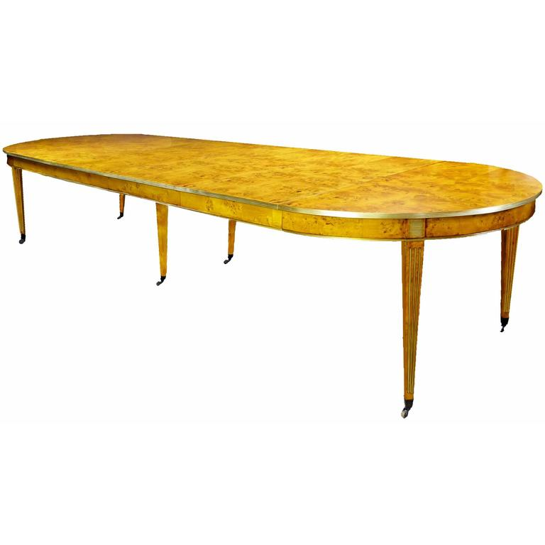 19th Century Large French Circular Extendable Dining Table  : MESACOMEDORFRANCESA4XT2apAorgl from www.1stdibs.com size 768 x 768 jpeg 22kB