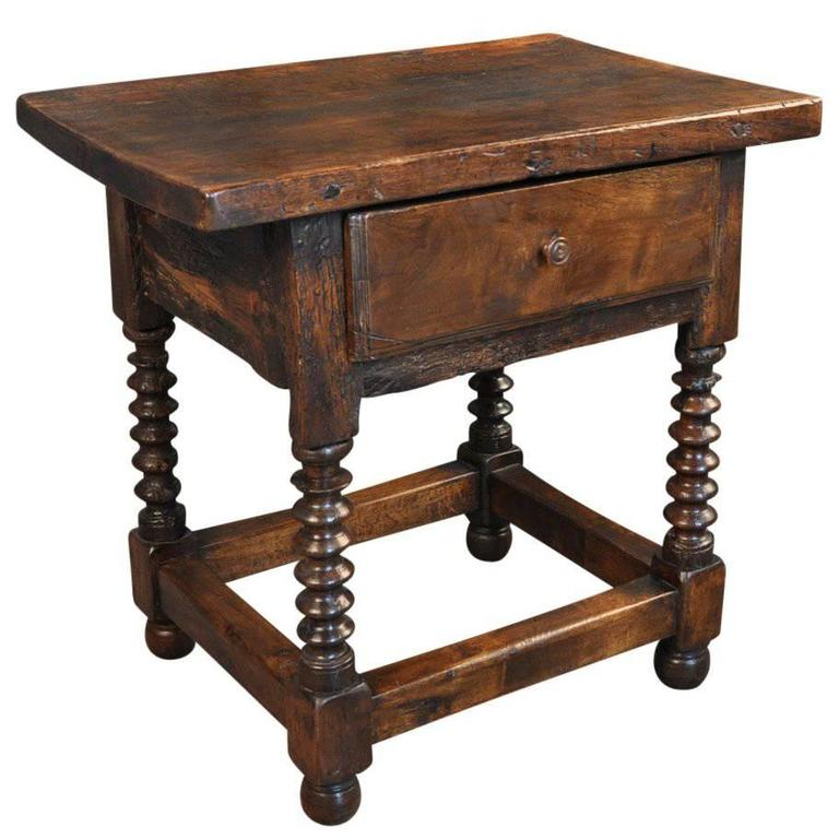 Primitive spanish 18th century side table for sale at 1stdibs for Table in spanish