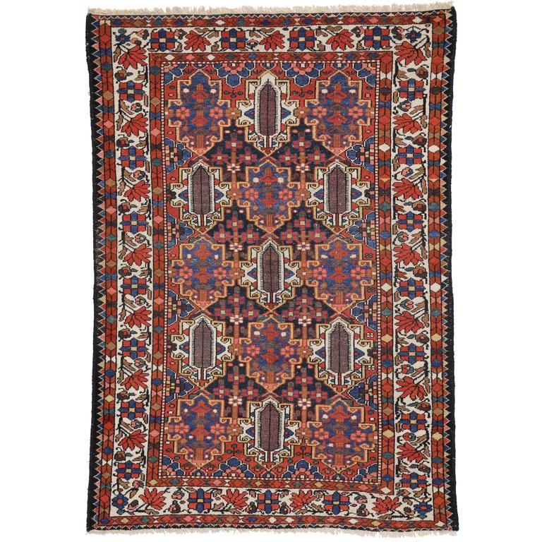 Modern Looking Rug: Antique Bakhtiari Rug With Traditional Modern Style For