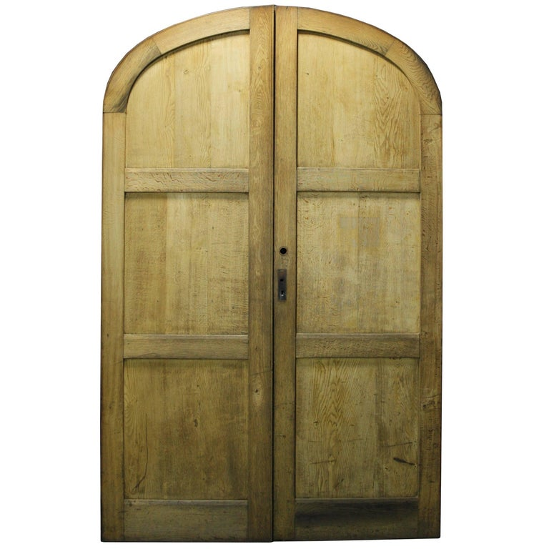 Pair Of 1920s Exterior Arched Oak Double Doors For Sale At 1stdibs
