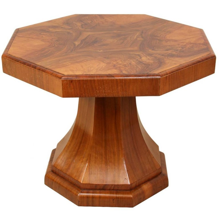 Art Deco Cocktail Table In Walnut Circa 1930 At 1stdibs