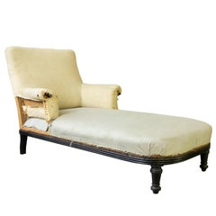 French 19th Century Chaise Longue with Exposed Wooden Frame