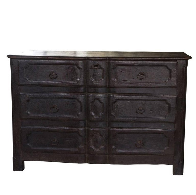 18th Century Italian Three-Drawer Commode For Sale