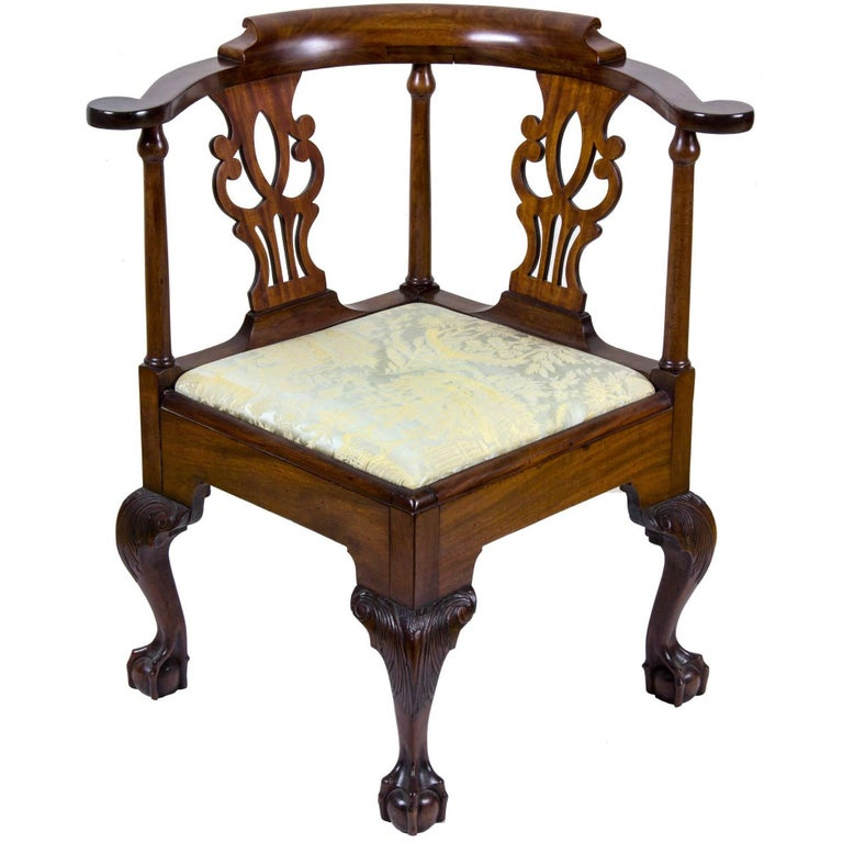Dating chippendale chairs