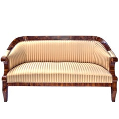 Early 19th Century Viennese Biedermeier Walnut Sofa from the 1820s