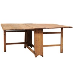 Swedish Early 19th Century Drop-Leaf / Gate Leg Table with Original Wood Finish