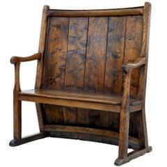 Late 18th Century Elm Bow Back Settle