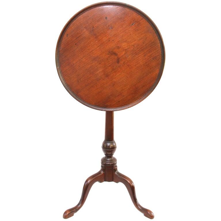 Philadelphia Mahogany Queen-Anne Dish-Top Birdcage Candlestand
