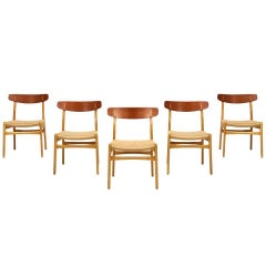 Hans J. Wegner CH-23 Dining Chairs for Carl Hansen & Søn
