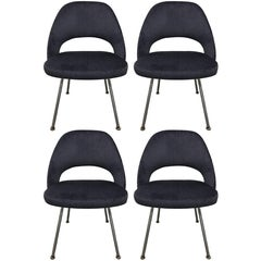 Set of Four 1960 Knoll Saarinen Executive Side Chairs Newly Upholstered