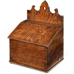 Mid-18th Century Oak Salt Box with a Shaped Hanging Arrangement