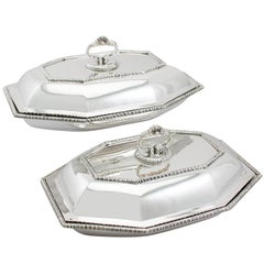 1900s Edwardian Pair of Sterling Silver Entree Dishes