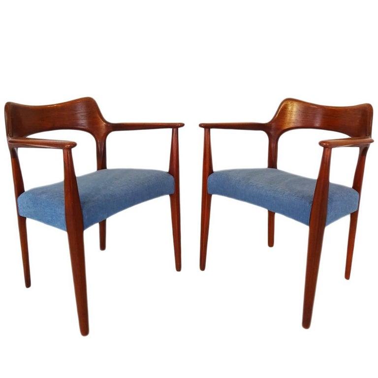 Danish MidCentury Modern Carver Desk Or Dining Chairs By Arne - Carver dining chairs