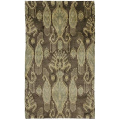 Transitional Ikat Rug with Modern Design