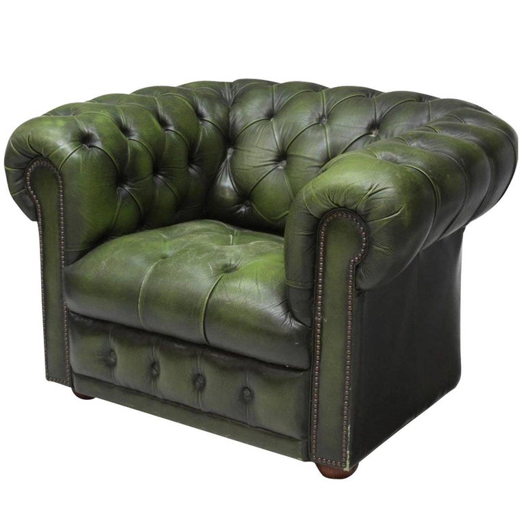 vintage chesterfield club armchair green leather at 1stdibs. Black Bedroom Furniture Sets. Home Design Ideas