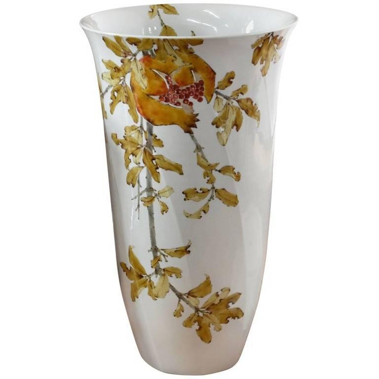Japanese Kutani Hand-Painted  Large Porcelain Vase by Master Artist