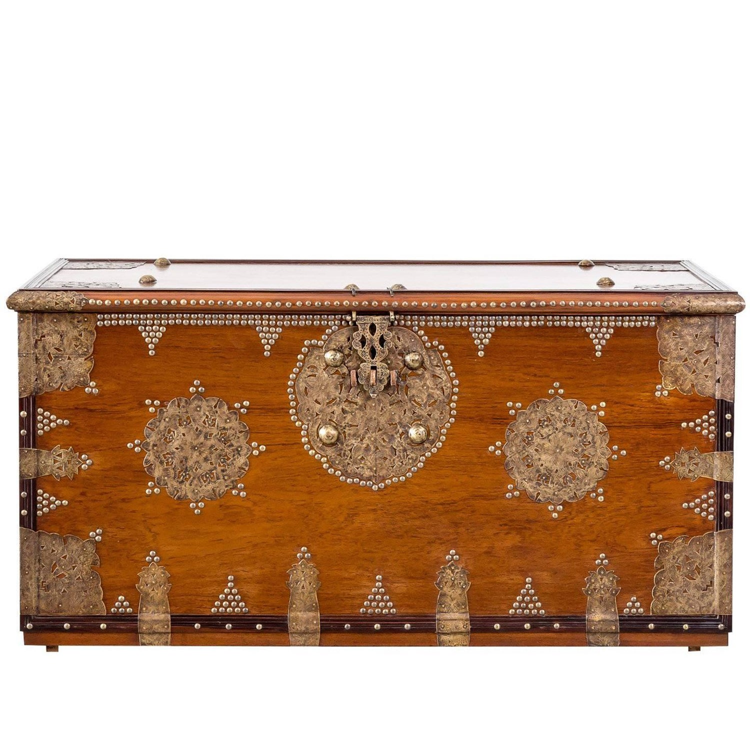 Antique and Vintage Blanket Chests 774 For Sale at 1stdibs