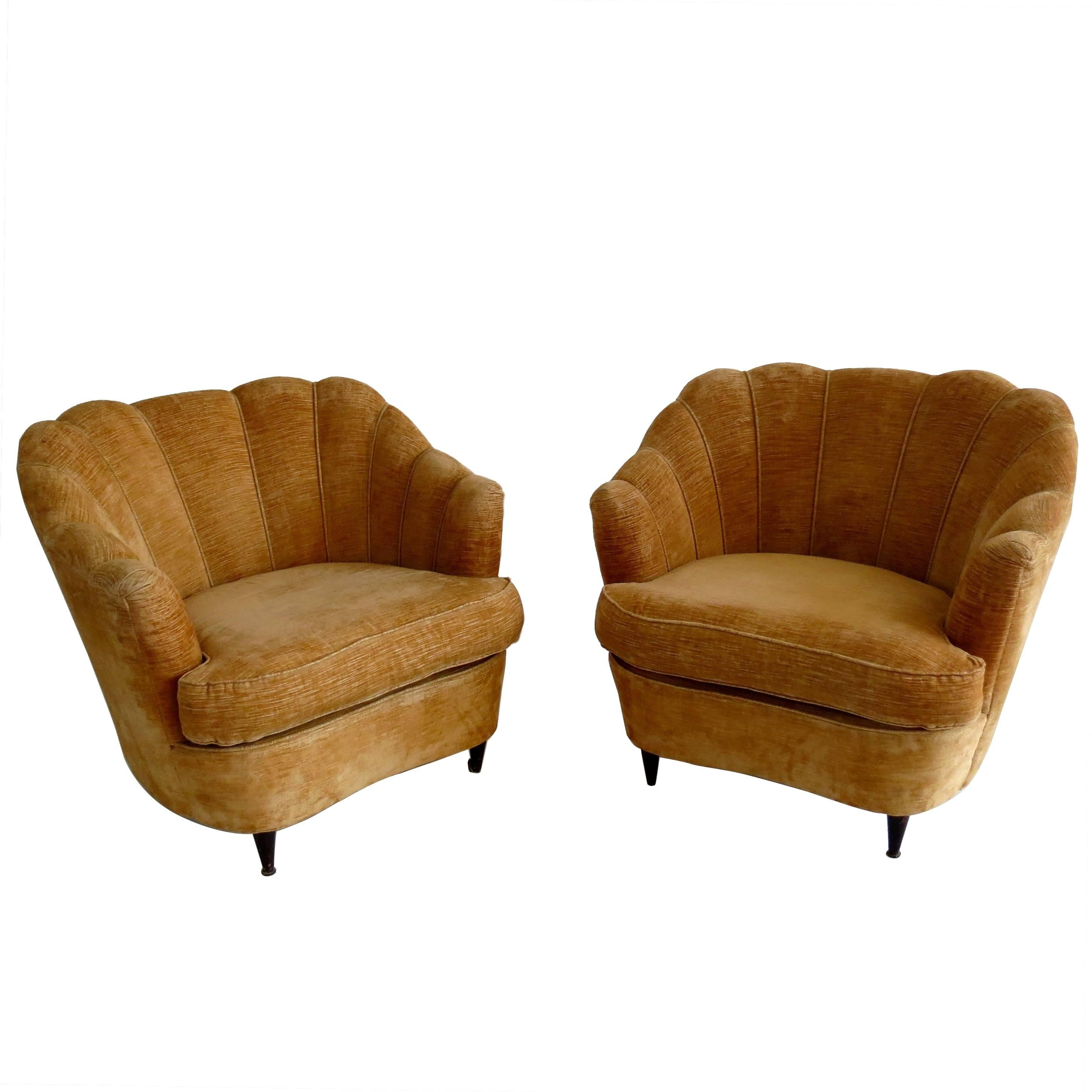 Pair of Large Armchairs Attributed to Guglielmo Ulrich, 1950