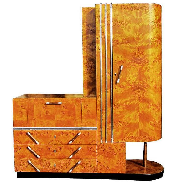 vintage art deco armoire for sale at 1stdibs. Black Bedroom Furniture Sets. Home Design Ideas