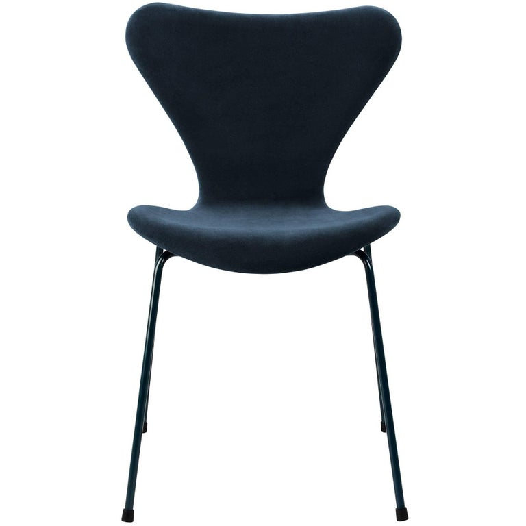 Arne Jacobsen Seven Chair Model 3107 In Original Black