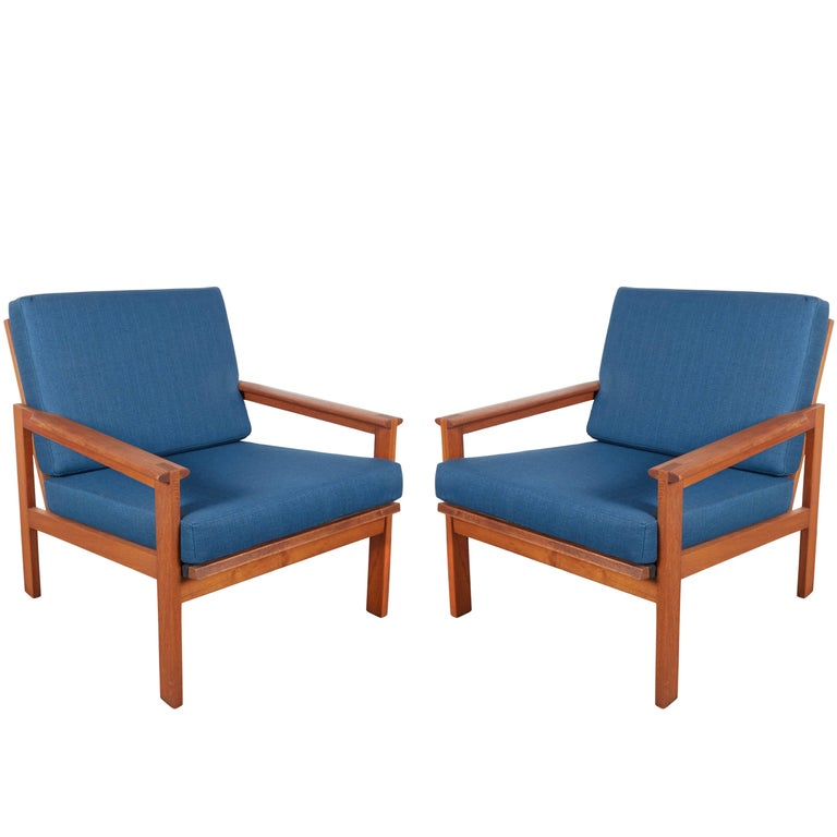 Teak Danish Armchairs by Illum Wikkelsø, Pair 1