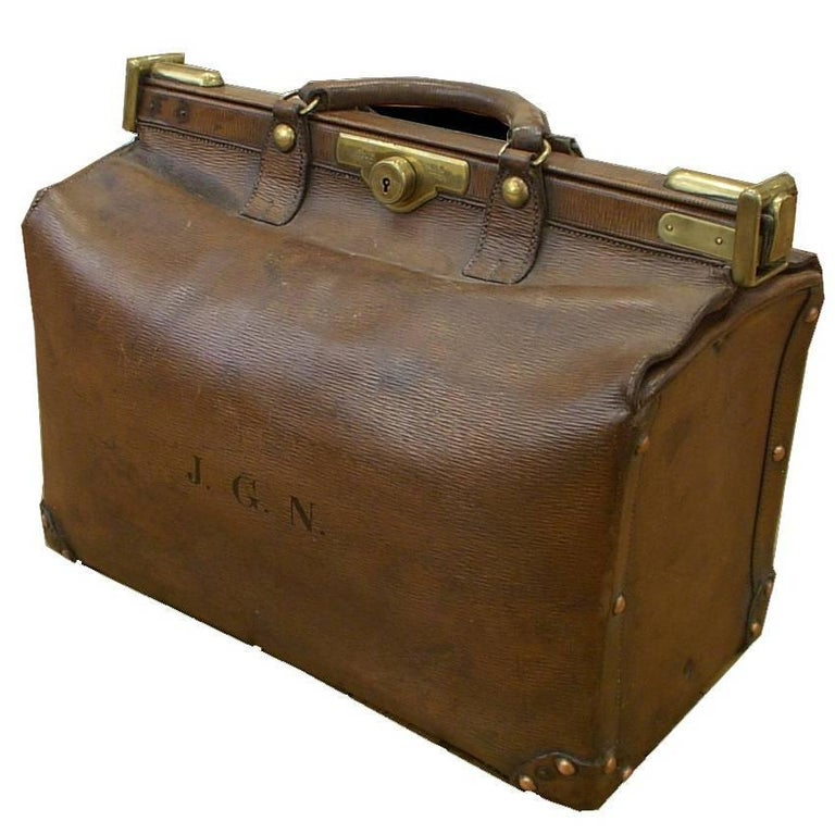 ce93a260d9f1 Victorian Louis Vuitton Epi Leather Gladstone Bag For Sale at 1stdibs