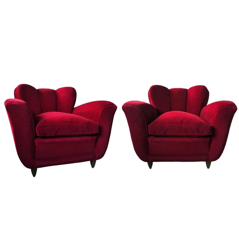 Italian pair of Armchairs in red Velvet attributable to Guglielmo Ulrich, 1950s