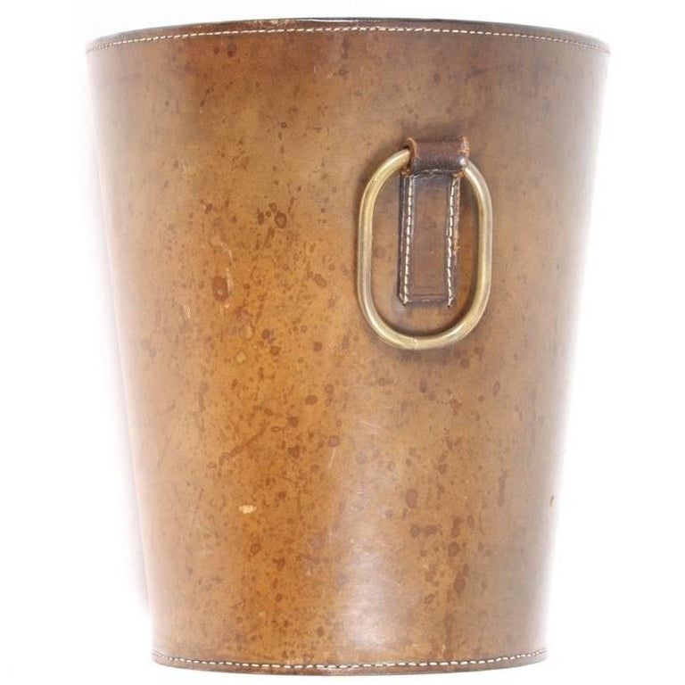 Waste Bin in Patinated Leather
