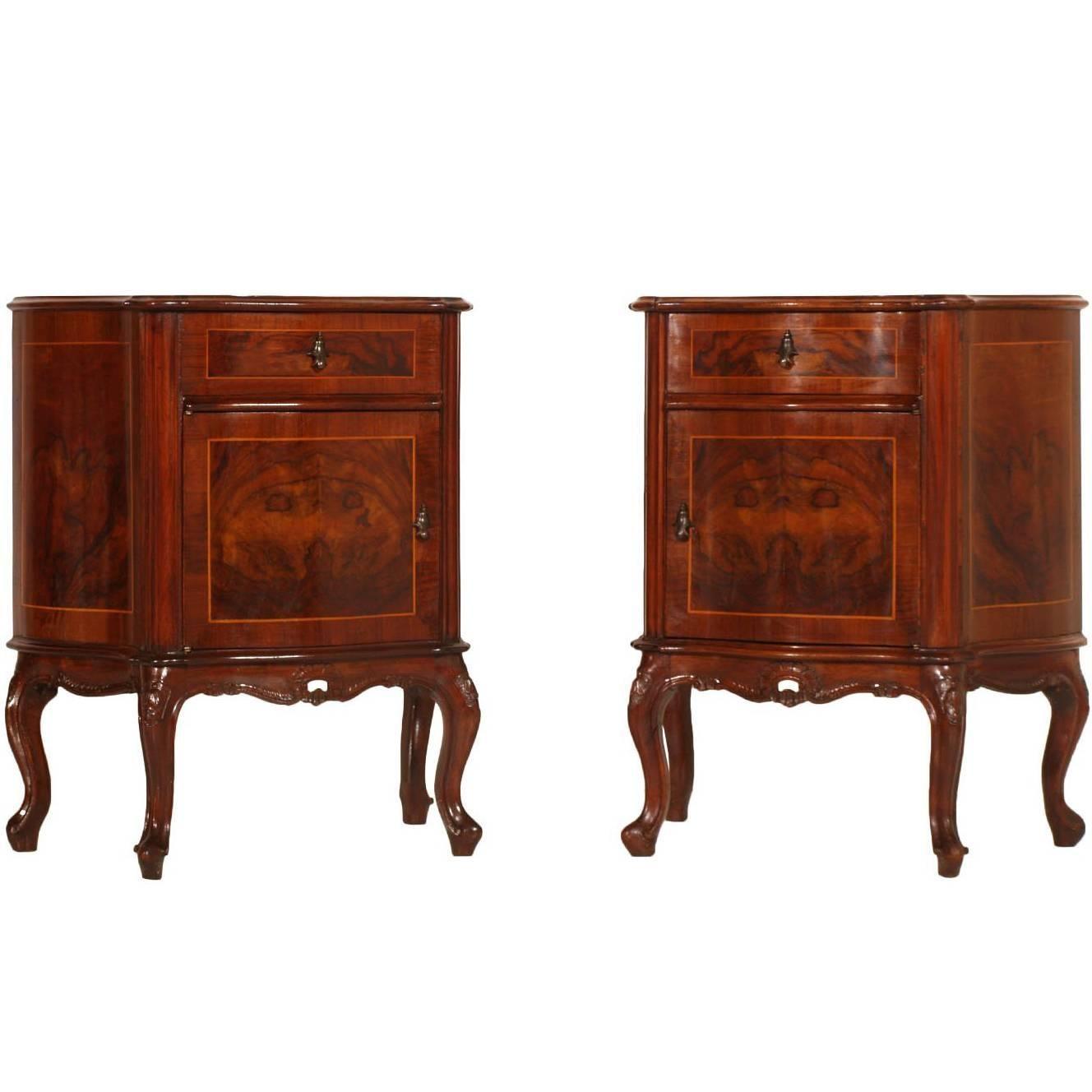 Venetian Baroque Pair of Nightstands in Carved walnut & Burl walnut with Inlay