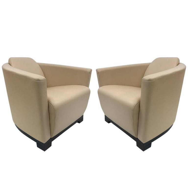Pair of Modern Italian Leather Club Chairs For Sale