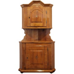 19th Century Cherry Wood Biedermeier Corner Cabinet or Cupboard