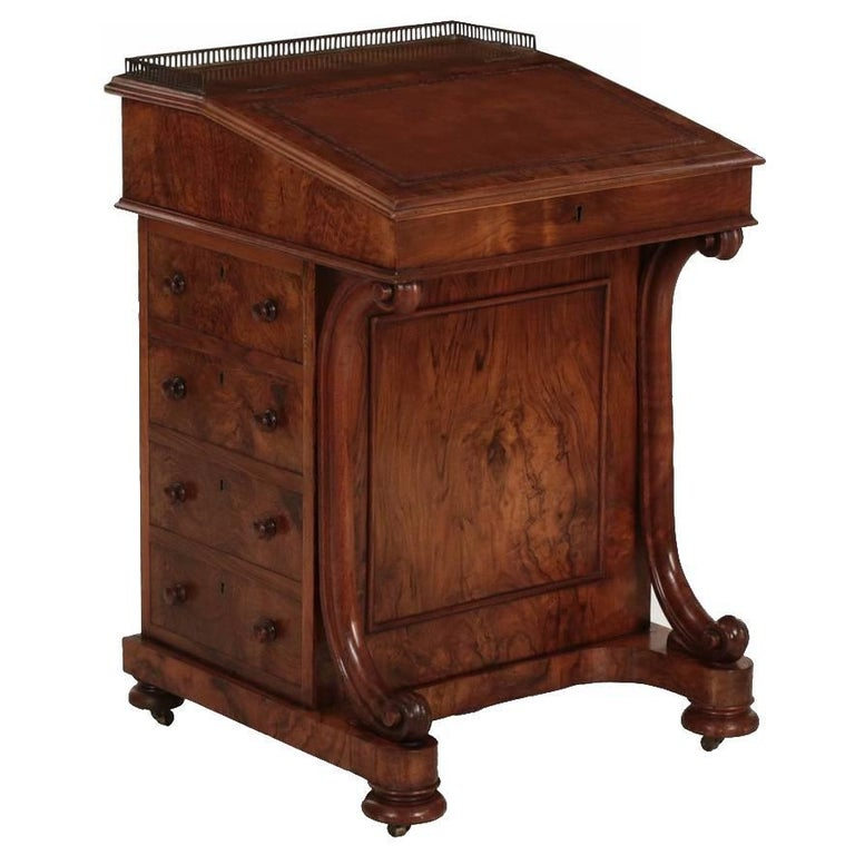 English William IV Walnut & Leather Antique Davenport Desk, London, circa 1850