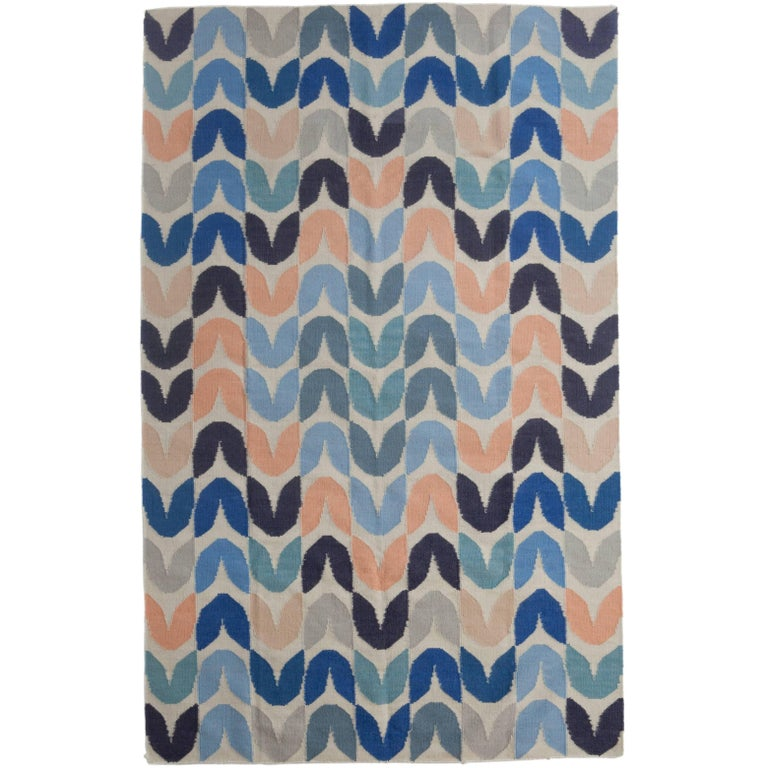 Tulip Flat-Weave Rug in Color Way Belize For Sale