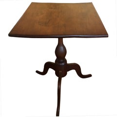 Walnut Candle Stand or Side Table, 18th Century